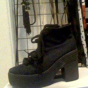 LF Sneaker Heels